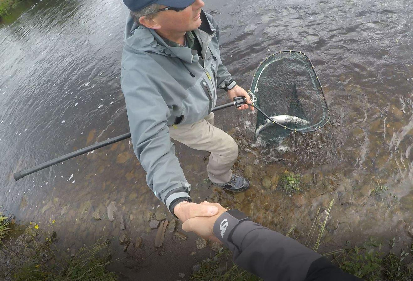 Salmon handshake